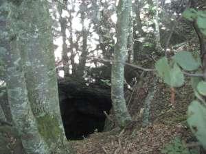 Jama blizu sela Lič u Gorskom Kotaru